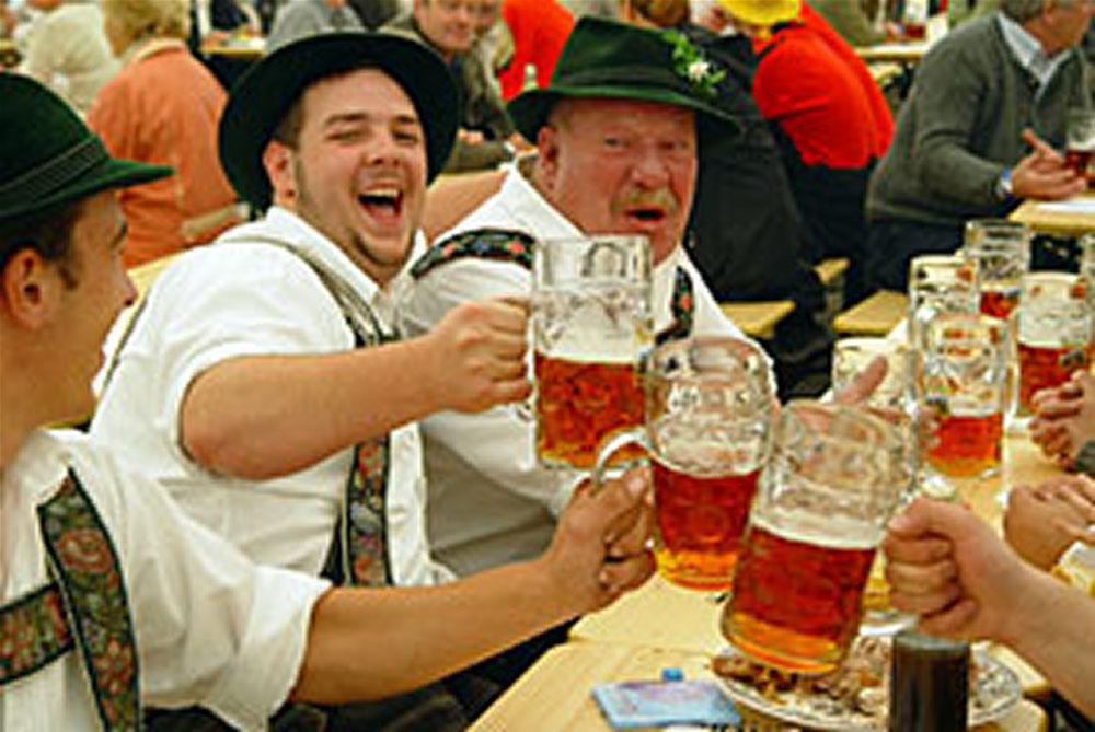 Mittenwalder Bier genießen: PROSIT!