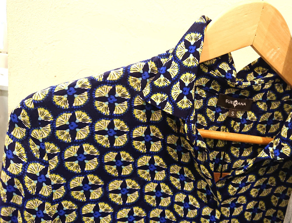 とても素敵なプリントシャツ税込¥14,300