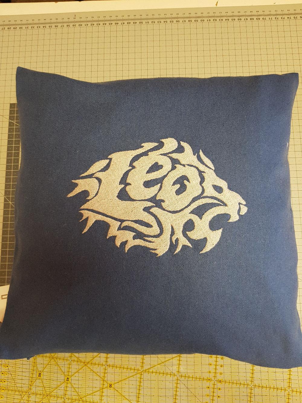 Un coussin pour Léo, d'après le dessin de Mr Kiki, du kikimundo