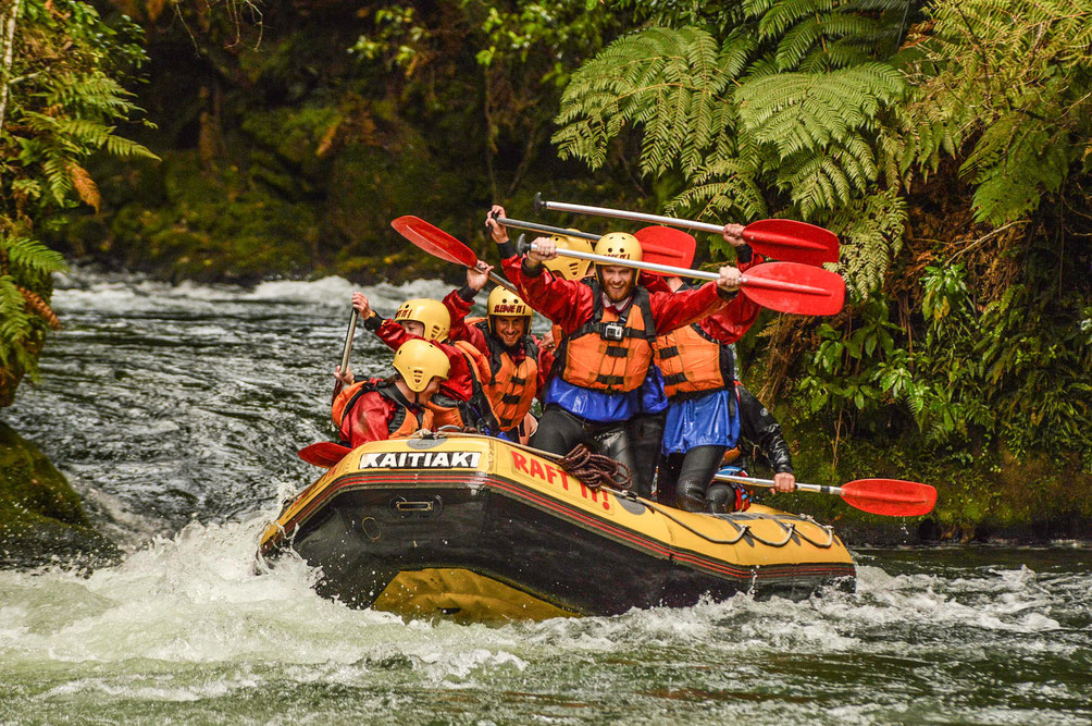 Rafting in Rotorua, Kaitaki waterfall
