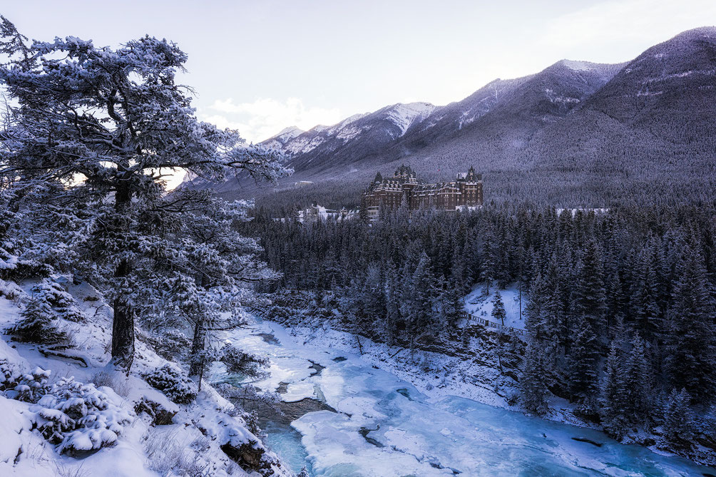 The historic Banff Spring Hotel in Banff @InAFaraway_Land