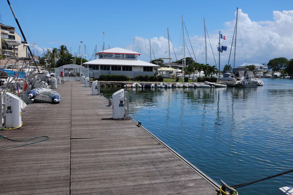 Unser Gäste-Steg in der Bas du Fort Marina