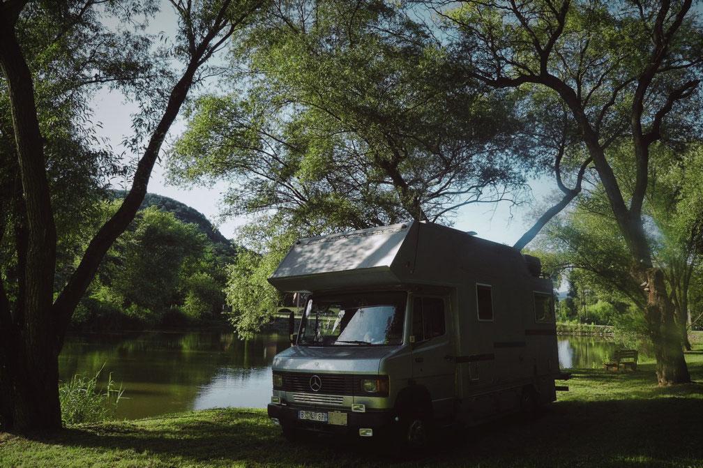 camion mercedes lac hongrie bigousteppes