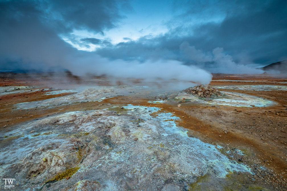 Am Namafjall, einem aktiven Vulkan, waren wir nachts ganz alleine – ein tolles Erlebnis! (B1739)