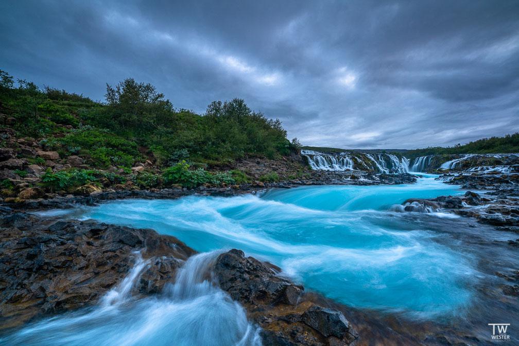Das extreme Blau dieses Flusses fasziniert mich immer wieder (B1729)