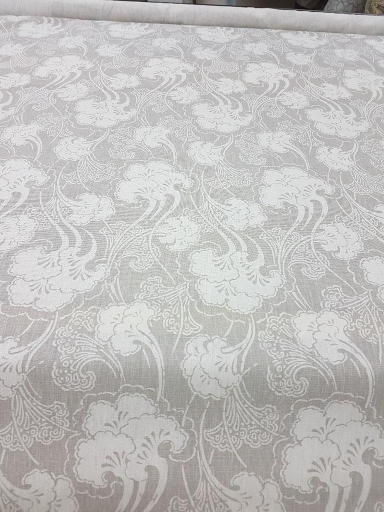 #kravetfabrics #sarahrichardson #linenfabric #cottonprintfabric  #draperykingtoronto #loveyourhome #readymadedraperypanels  draperyking.ca  Drapery King Toronto  127 Cartwright ave