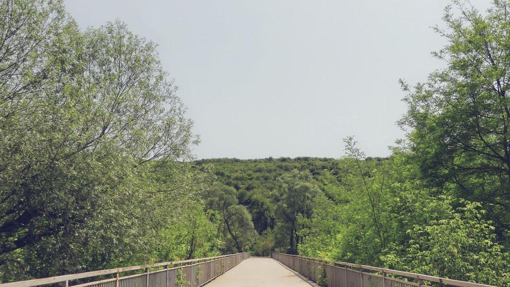 bulgarie balkans bigousteppes pont grotte devetaki cave