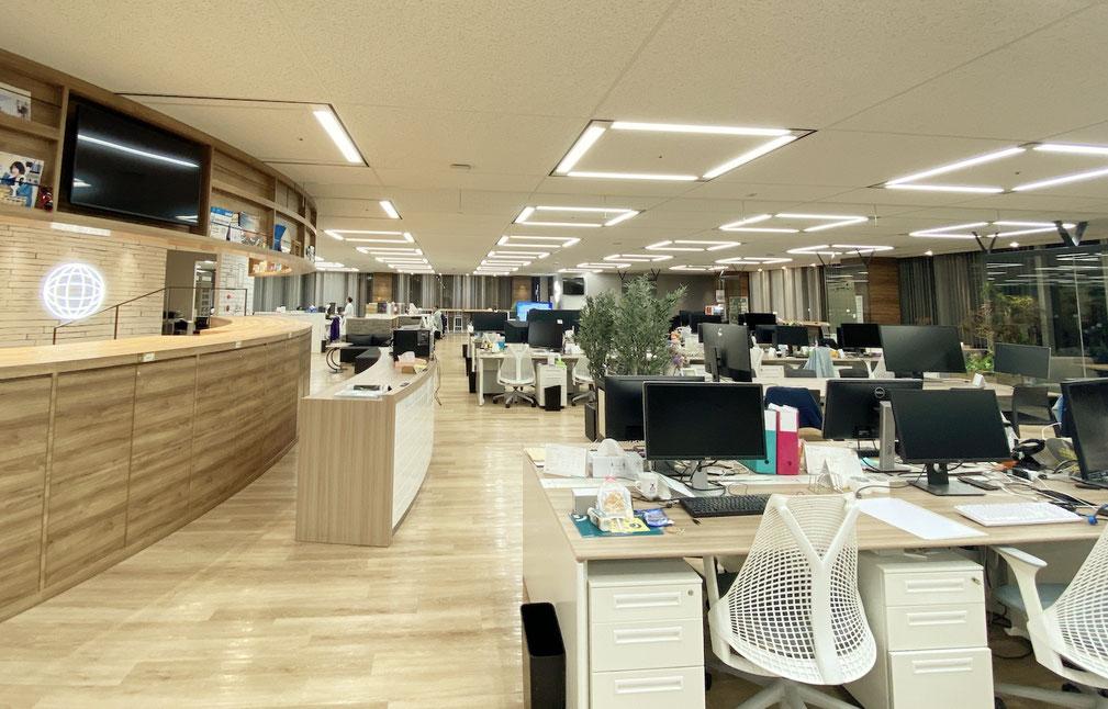 ▲オフィスは外苑前駅から徒歩1分。南青山ブライトスクエア10階にあります