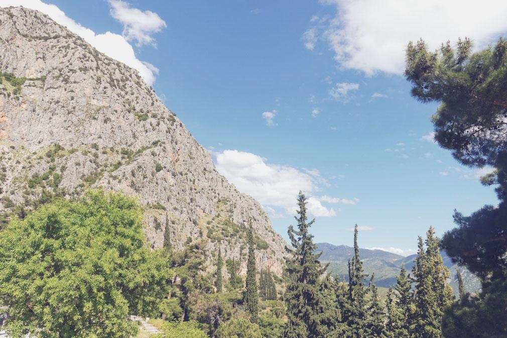 bigousteppes balkans delphes grèce montagne ruine antique archéologique