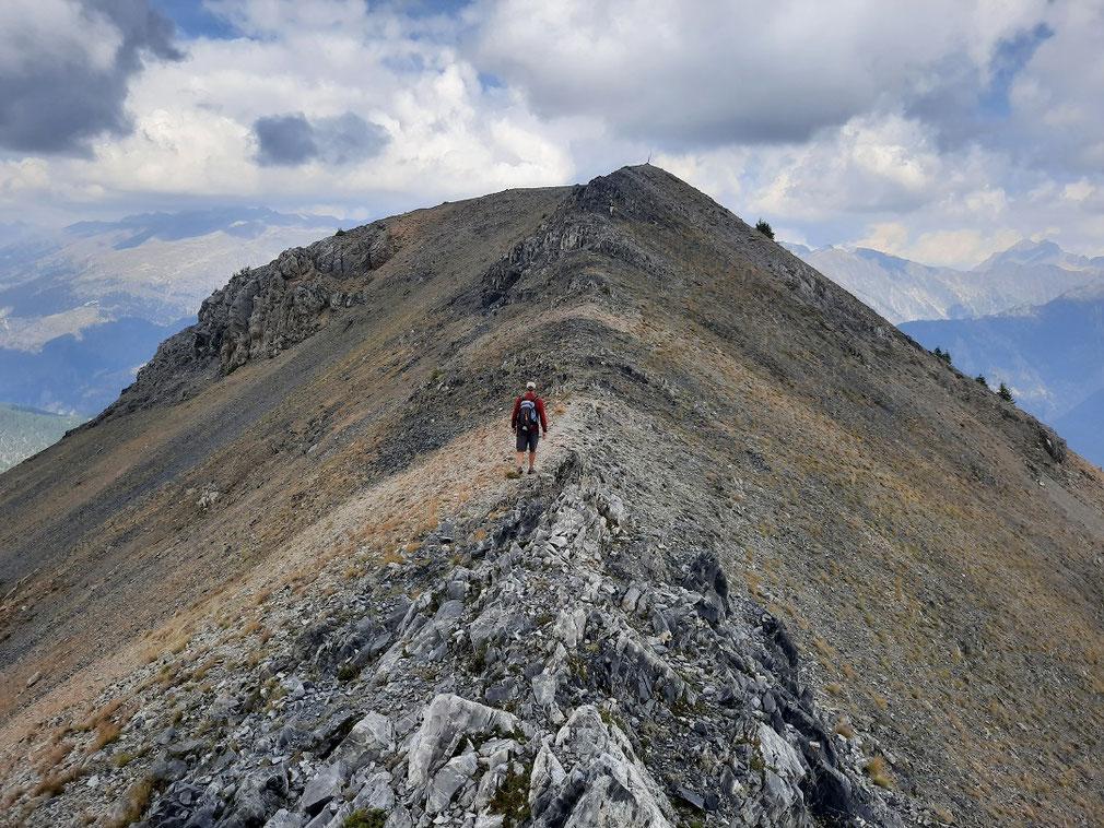 La marche sur la crête du Mont Gravières