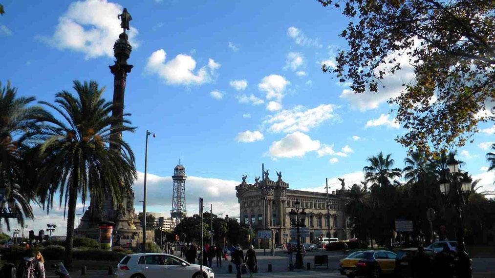 Kolumbussäule am Anfang der Rambla in Barcelona