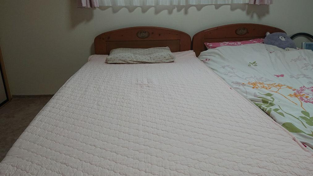 195cm丈のベッドにもスッポリ。