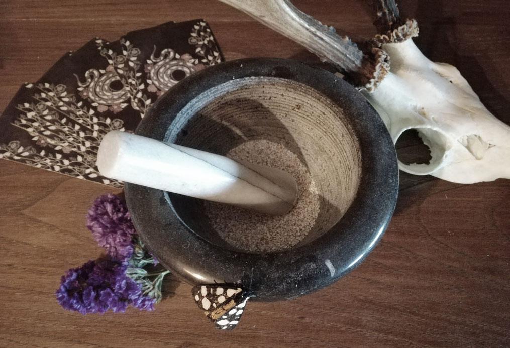 Protezione in polvere, la Cascarilla - Benvenuti al Bosco di Artemisia!