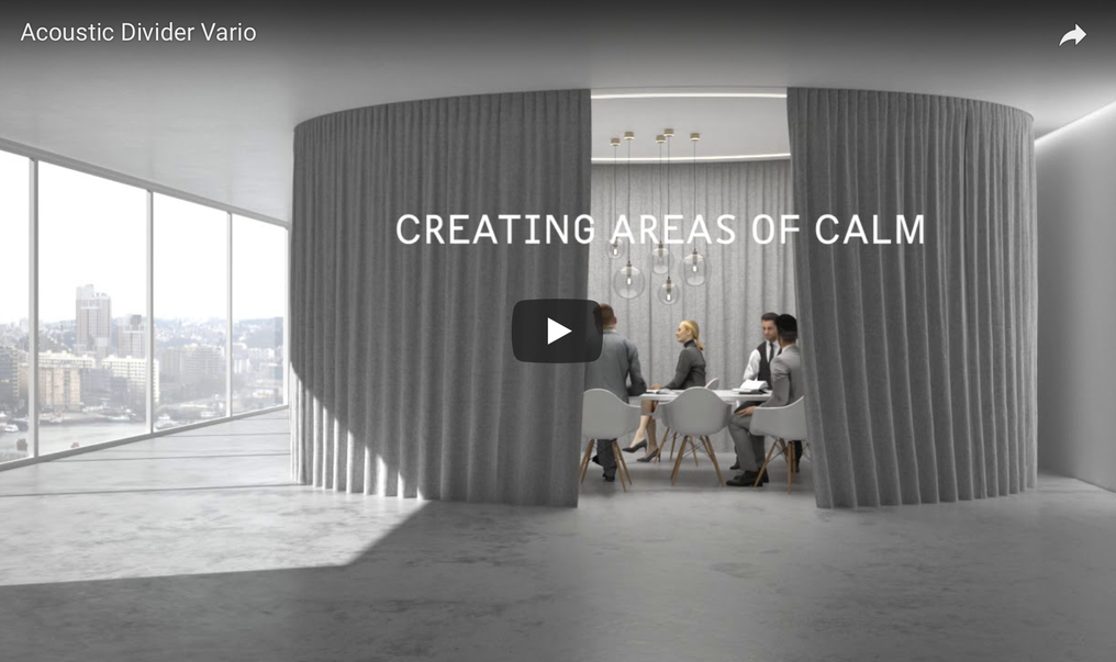 Beispiel Bild eines 6m Durchmesser Sitzungszimmers aus Stoff von Création Baumann.
