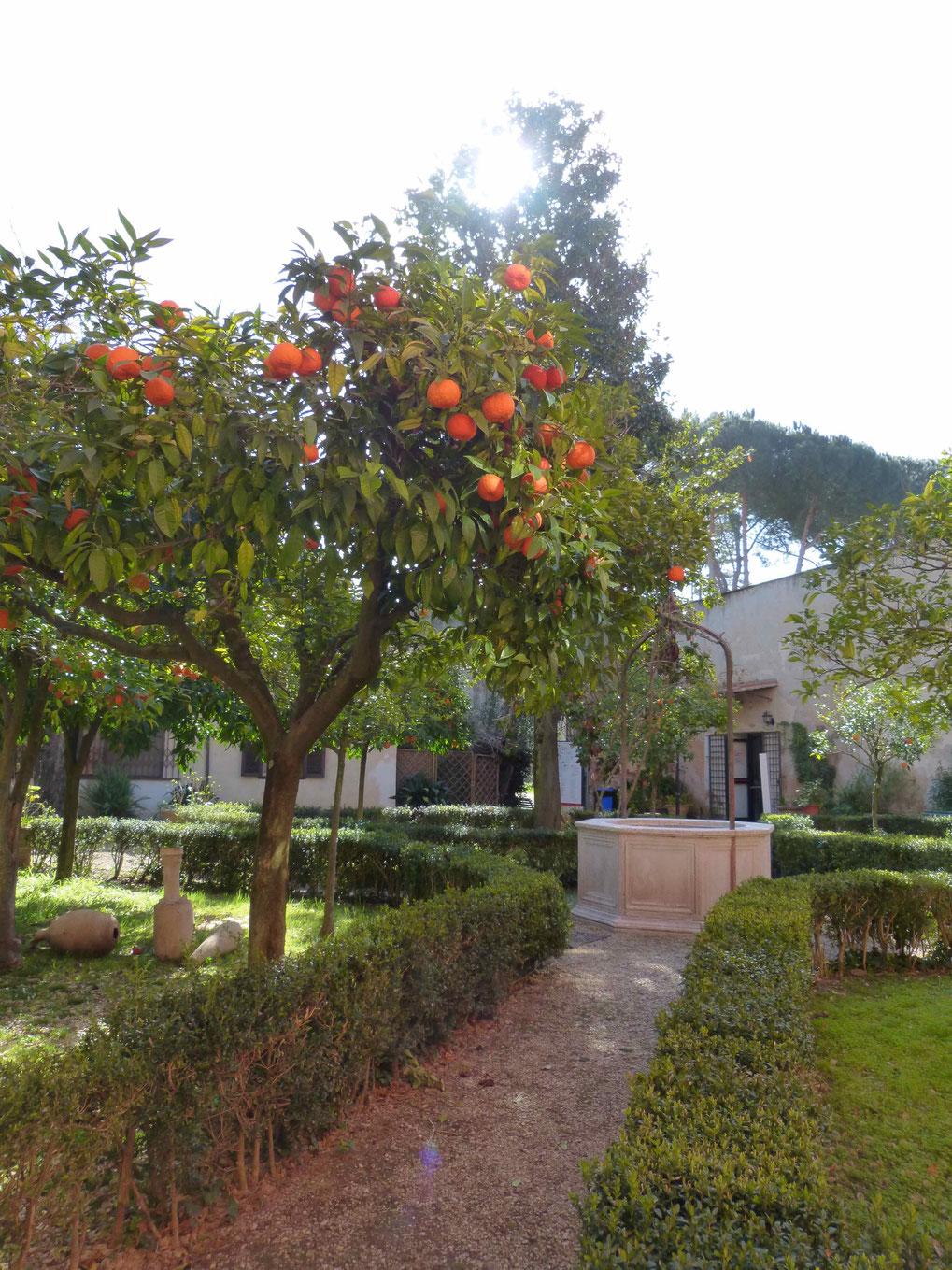 Der zauberhafte Garten des Museo Canonica in der Villa Borghese