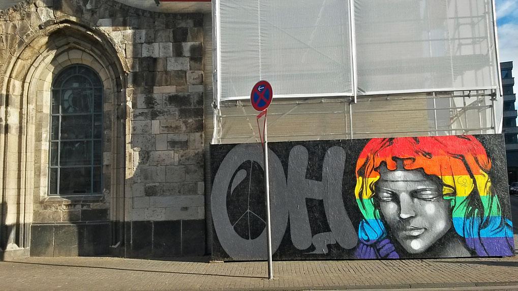 Open Streetart-Projekt  bei Madona in den Trümmern - Innenstadt