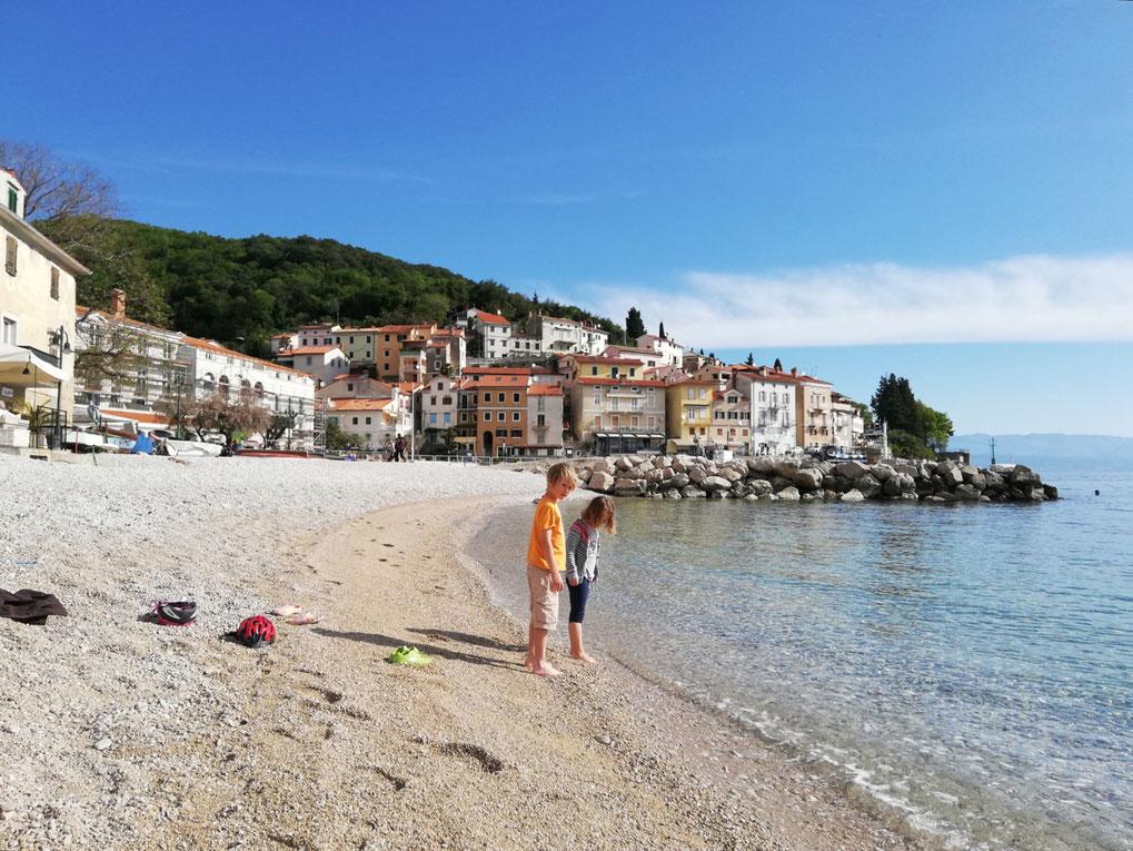 Am Strand von Moscenicka Draga