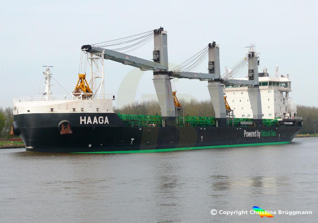 Bulk Carrier HAAGA auf dem Nord-Ostsee Kanal