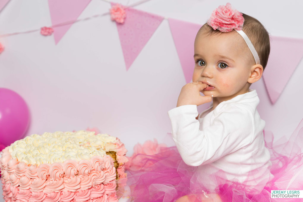 Shooting Photo Smash The Cake - La petite Lucie - Photographe sur Grenoble
