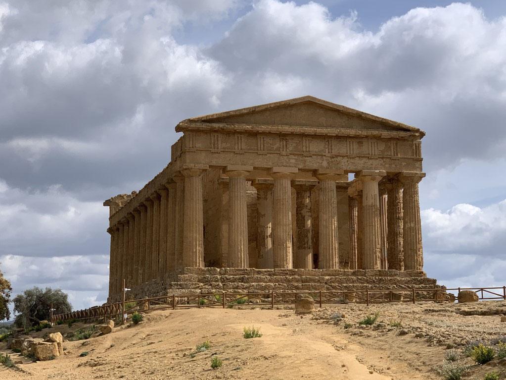 Italien, Sizilien, Sehenswürdigkeit, Agrigento, Valle dei Templi, Tal der Tempel, Ausgrabungsstätte, Antike, Concordiatempel