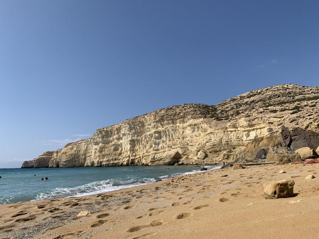 Griechenland, Kreta, Sehenswürdigkeit, Reisebericht, highlight, Urlaub, Matala, Strand, Höhlen, red beach, fkk