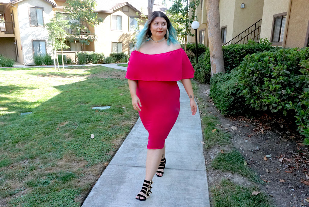 BLOG MODE GRANDE TAILLE CHICWITHCURVES LOS ANGELES MARSEILLE FRANCE ROBE MOULANTE LOVESICK