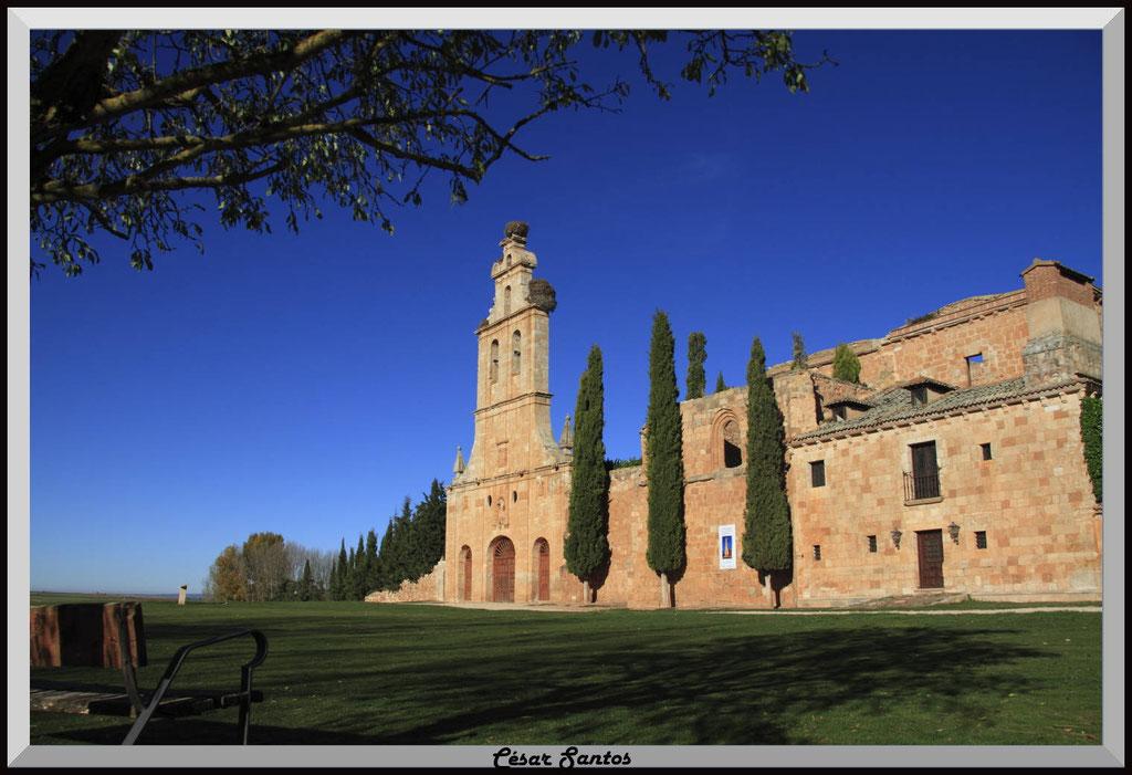Espadaña. Convento. Madrid