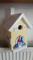 nestkastje, kabouter, kabouterhuisje, houten beschilderd nestkastje