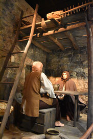 Reconstitution intérieur d'une maison médiévale à Hautpoul