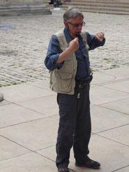 Der Reiseleiter Klaus Weiss