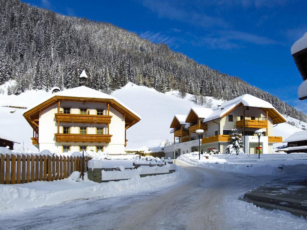 Winterurlaub in Weißenbach in den Ferienwohnungen im Haus Großgasteiger im Tauferer Ahrntal in Südtirol