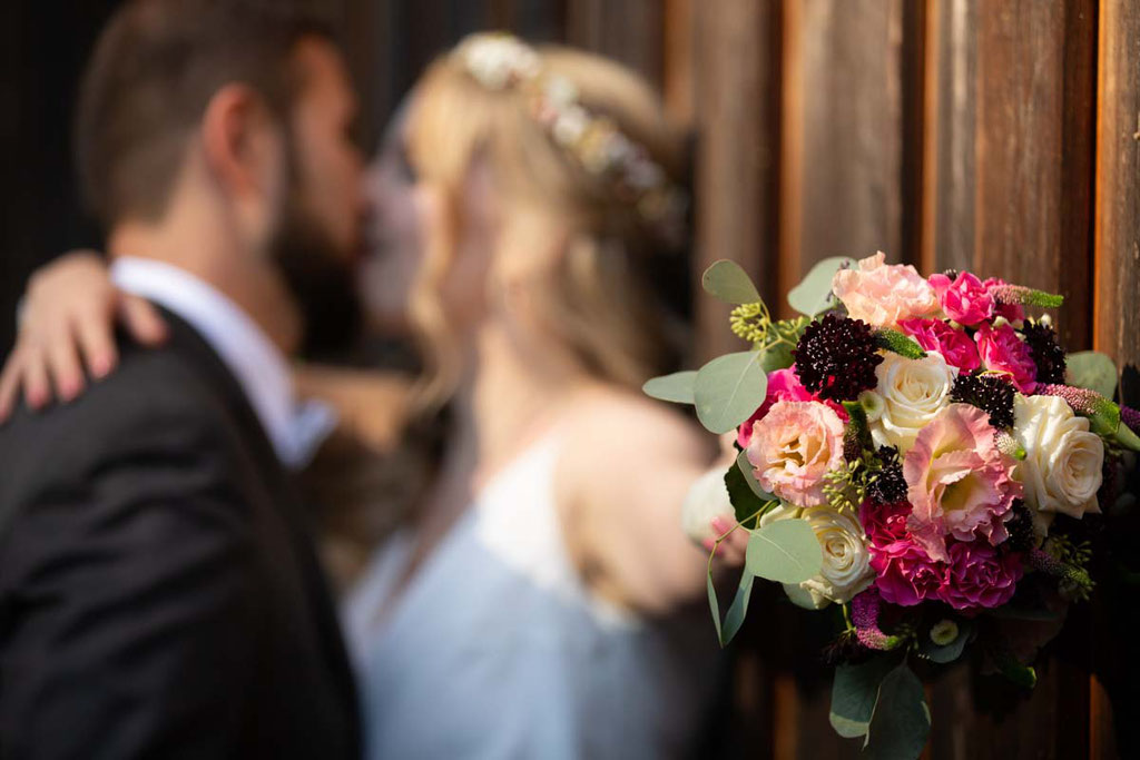 Hochzeitslocation Heidersbacher-Mühle 1, 74834 Elztal, Hochzeitsfotograf, Hochzeitsbilder, Hochzeitsreportage, Hochzeitspaar, Paaraufnahmen an der Hochzeit,