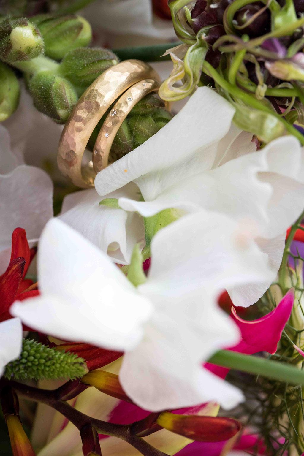 Heiraten in Bad Homburg, Hochzeit Schulberg 1, 61348 Bad Homburg vor der Höhe, Schloss, 61348 Bad Homburg vor der Höhe, Hochzeitsfotograf Bad Homburg, Hochzeitsbilder, Eheringe Bad Homburg