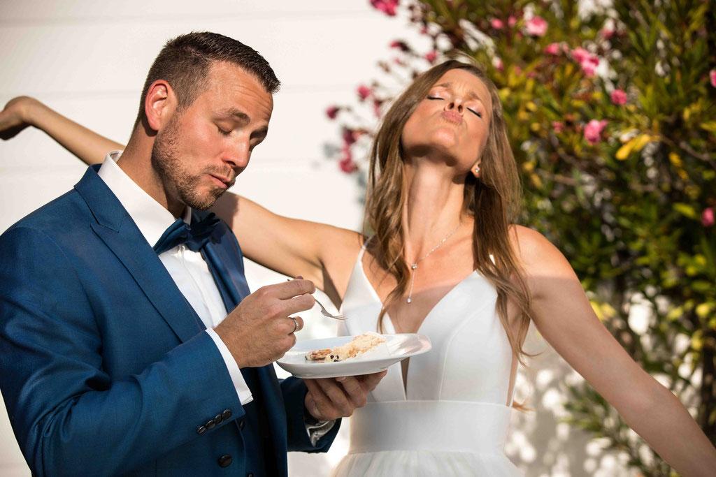 Hofgut Donnersberg, Außerhalb 3, 55578 Vendersheim, Hochzeitsfotograf, Hochzeitsbilder, Hochzeitsfoto, Kostprobe der Hochzeitstorte