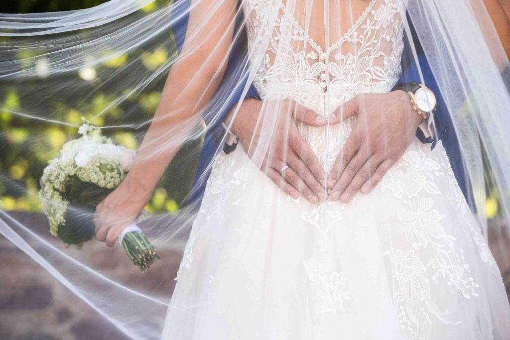 Klassische Hochzeitsbilder, klassische Hochzeitsfotografie, klassische Hochzeitsfotos, Bilder eurer Hochzeit