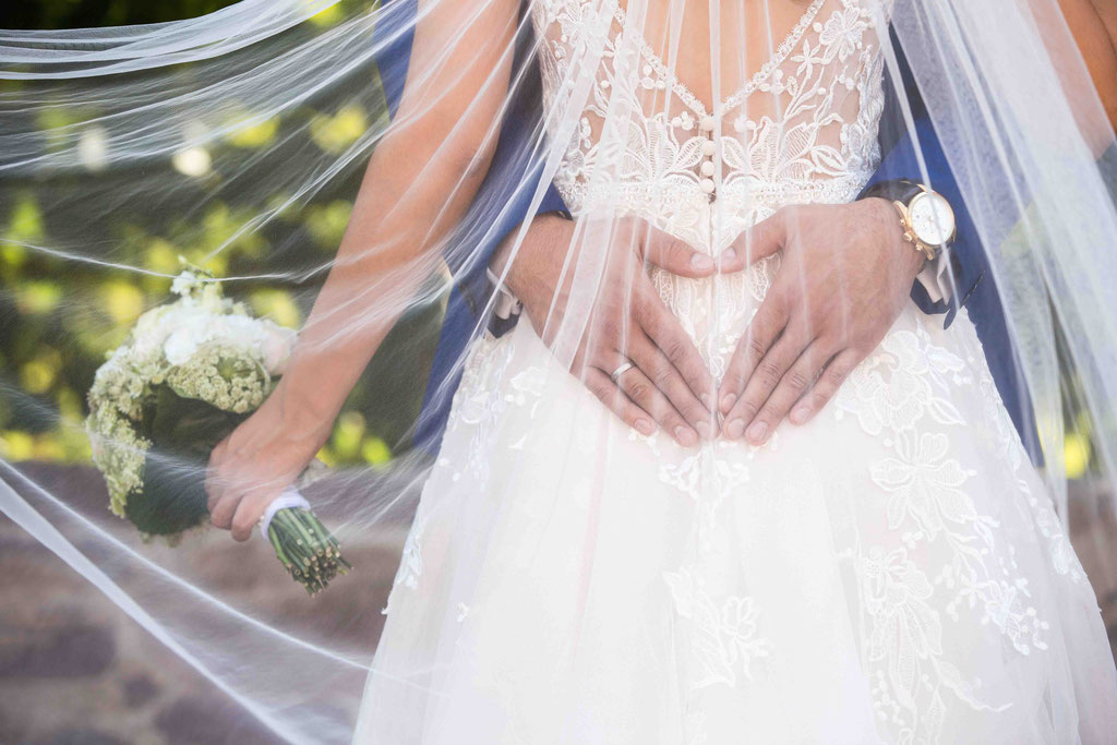 Hochzeit: Weststadtbar Darmstadt, Mainzer Straße 106, 64293 Darmstadt - Hochzeitsfotograf, Klassische Hochzeitsbilder, klassische Hochzeitsfotografie, klassische Hochzeitsfotos, Bilder eurer Hochzeit