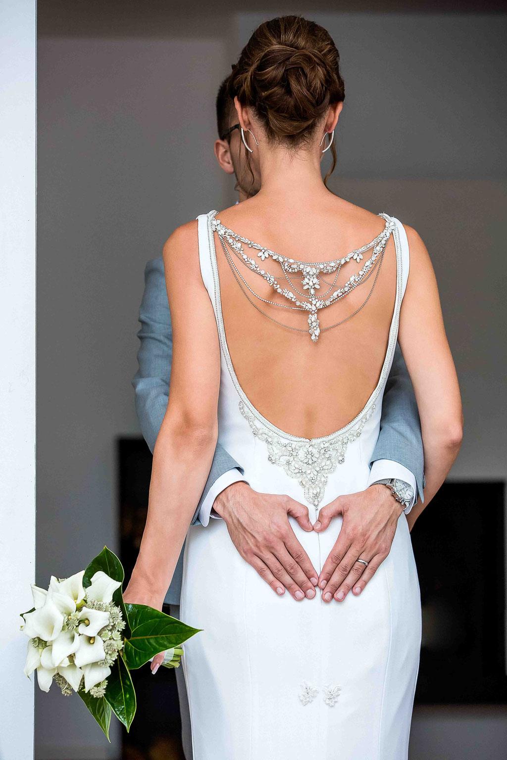 erstklassige Ideen Hochzeitsfotograf, premium Hochzeitsbilder aus Mainz, Hochzeitskleid Rückenfrei