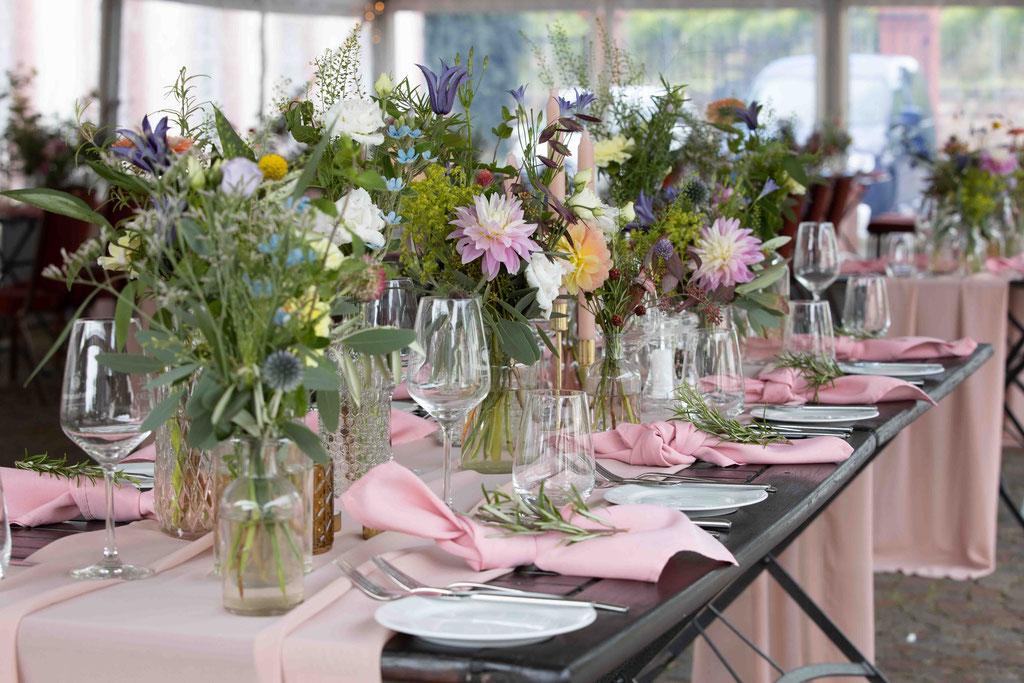 Hochzeitsdekoration auf dem Weingut Schloss Reinhartshausen, Hauptstraße 39, 65346 Eltville am Rhein