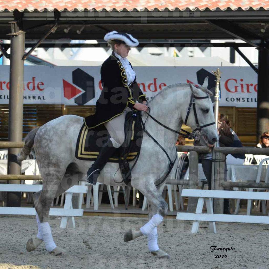 """Carrousel de cavalières Equitation de travail lors du salon """"Equitaine"""" à Bordeaux en 2014 - 23"""