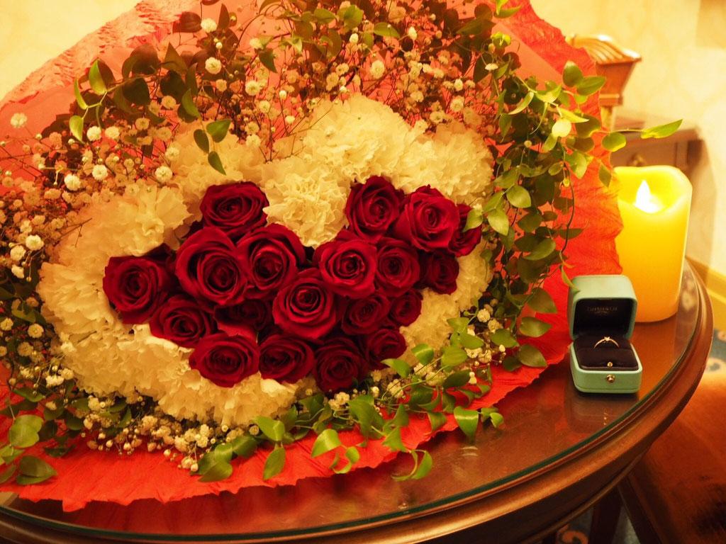 ディズニー プロポーズ ハートの花束 エンゲージリング  薔薇  花屋 舞浜