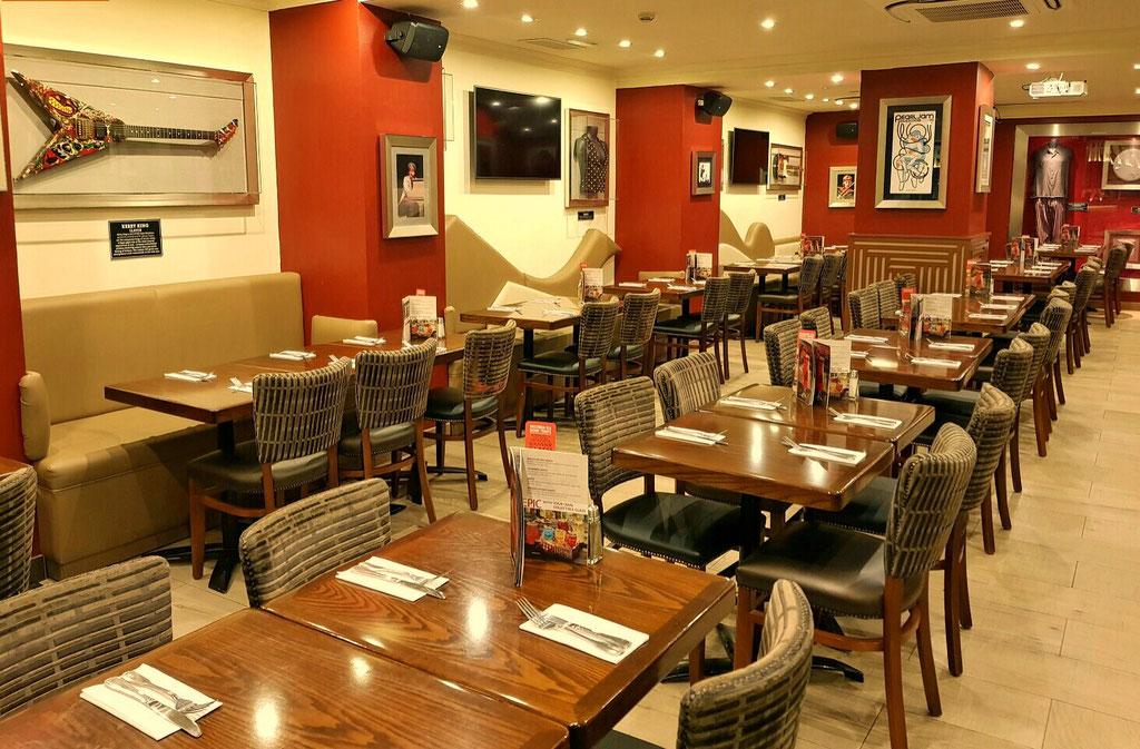 Resultado de imagen de decoracion restaurantes franquicias