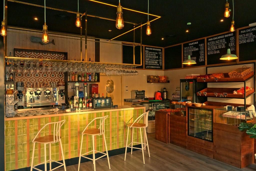 Resultado de imagen de decoracion restaurantes pequeños