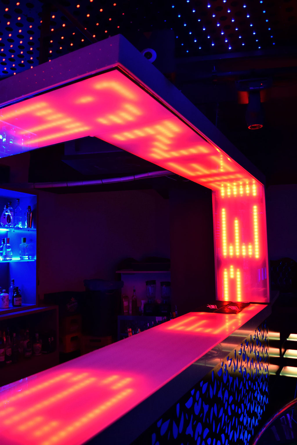 Resultado de imagen de decoracion discotecas