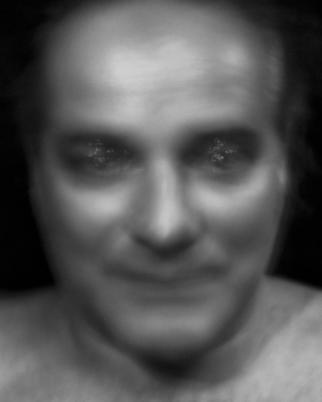 Daniel, Langzeitbelichtung von über 40 Minuten, 2011  belichtet auf 8 x 10inch Negativmaterial, Pigmentdruck auf Büttenpapier, Grösse variabel