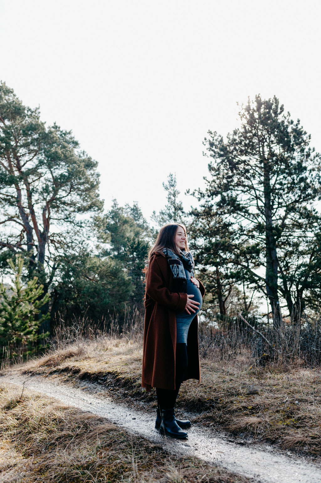 Babybauch Babybauchshooting outdoor Natur erwartungsvoll Baby Schwangerschaft