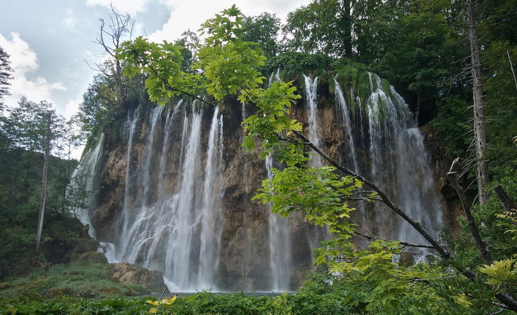 Round Falls © c.rebl