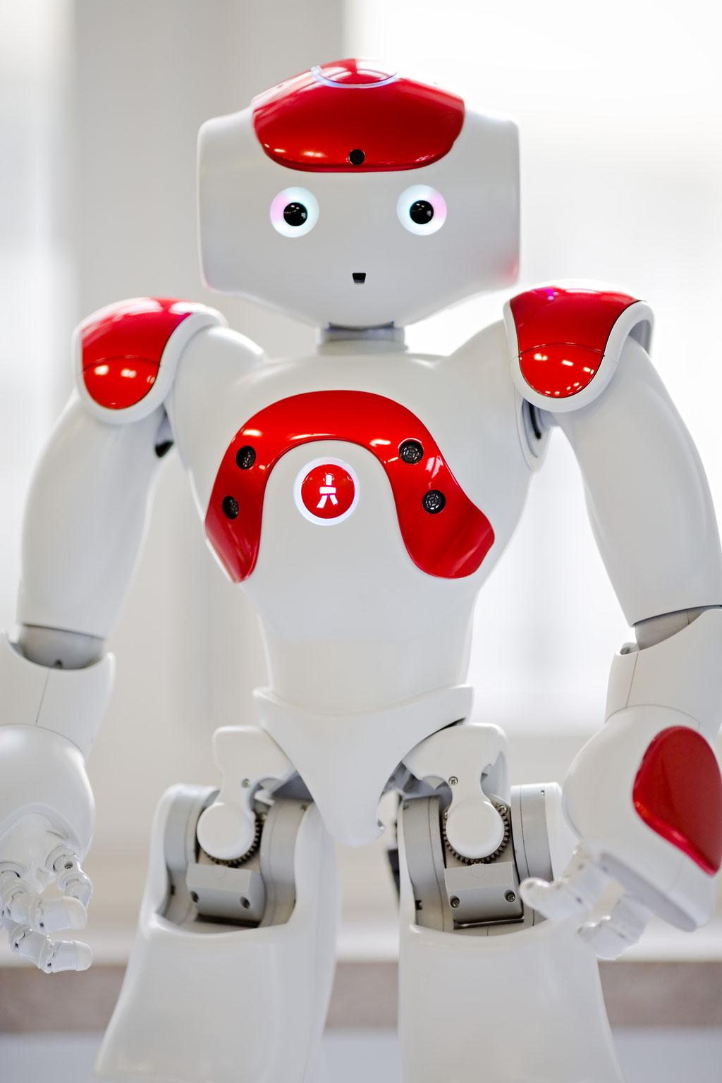 Nao, der interaktive Begleitroboter von SoftBank Robotics