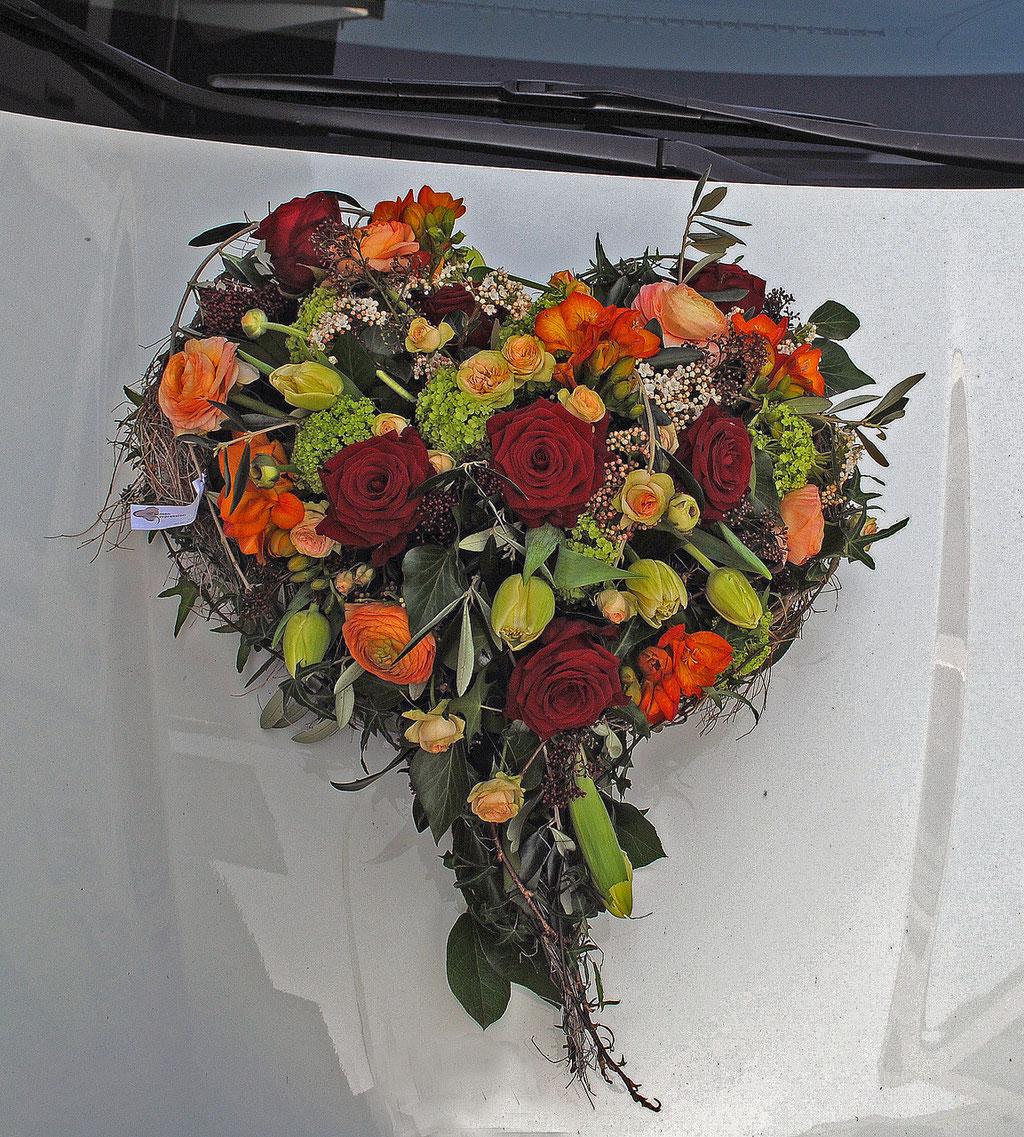 Lenzburg Hochzeit Auto