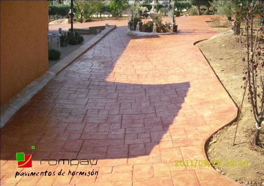 hormigon impreso jardin de seracines