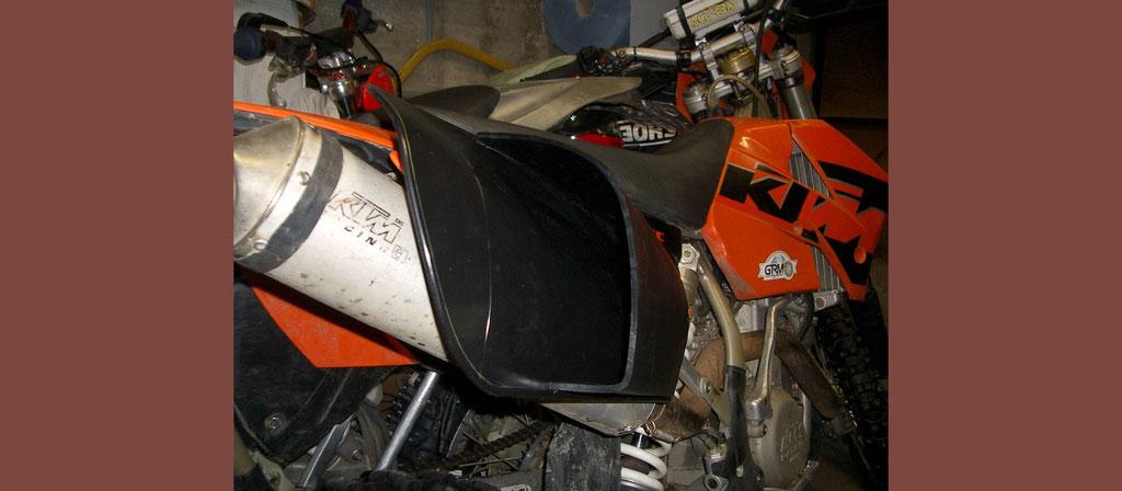 Tank- und Schutzvorrichtungen für Motorräder